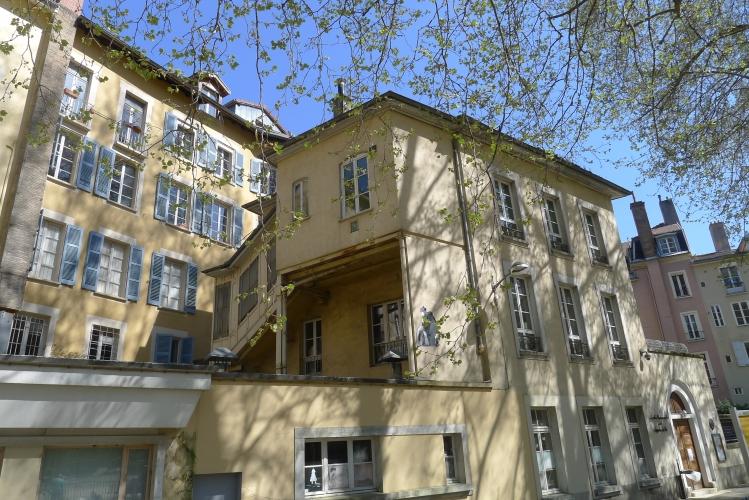 Ecole maternelle jardin de ville à Grenoble (38)