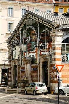 Halle Sainte Claire à Grenoble (38)